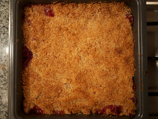 White Peach Almond Crumble